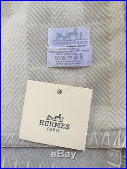 100% Authentic HERMES Toile à Bagages Blanket 50% Cashmere 50% Wool 57 x 72.8
