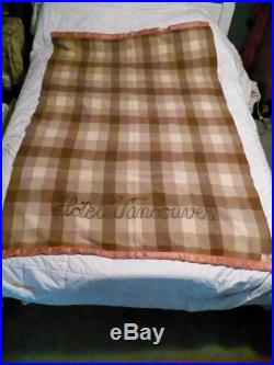 Antique Vtg 30s Horn Brothers Hotel Vancouver Plaid Wool Blanket 76x51 Canada