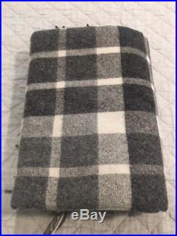 Tumi Alpaca Wool Blanket Throw Black and White Plaid Check with Tassels